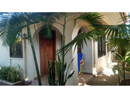 4bed house at mikocheni $1000pm image 8