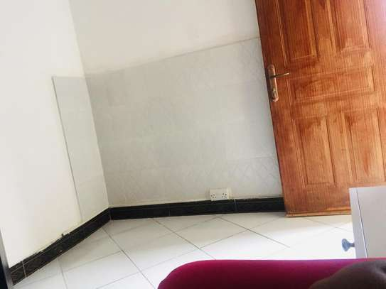 Master Ensuite + Living room for rent