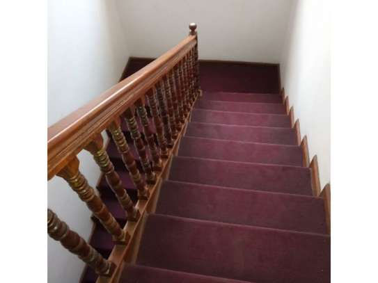 5 bed room all ensuite for rent at msasani , house i deal for office. image 6