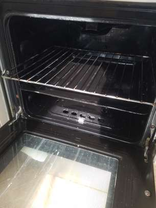 Oven & gas cooker (hotpoint) image 10
