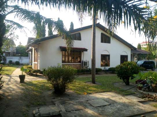 4bedroom house in Mikocheni A' to let $1200. image 6