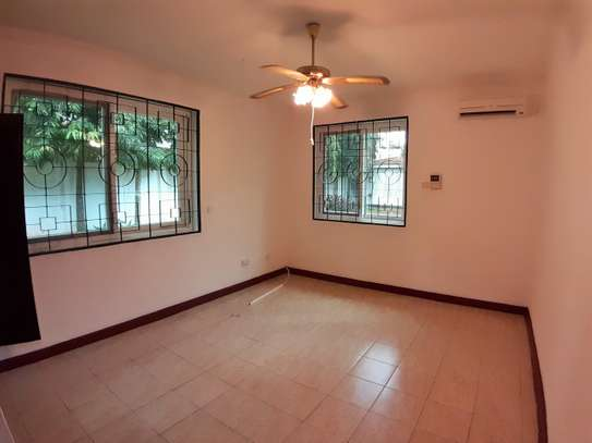 Well Maintained 3 Bedroom Standalone House In Masaki image 4