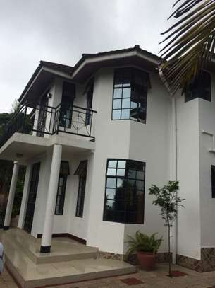7 Bedrooms Hill Top House in Arusha Town