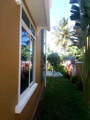 a 3bedrooms standalone near the main road and also close to shoppers mbezi beach is now available for rent image 4