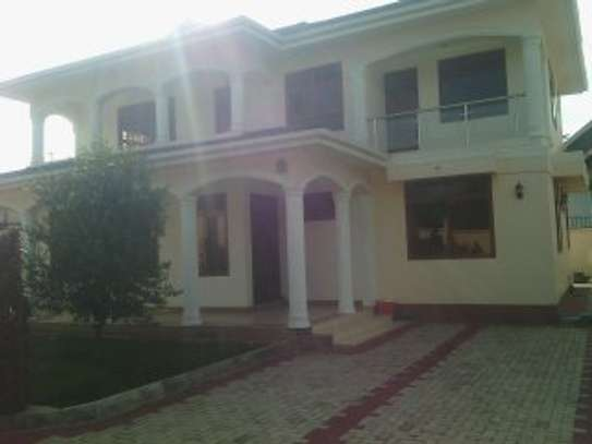 4MASTERBEDROOMS HOUSE FOR RENT AT PPF image 1