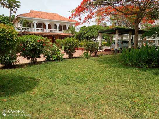 3bed house for sale at toure drive 1125sqm plot size facing the sea $2,5milion image 12