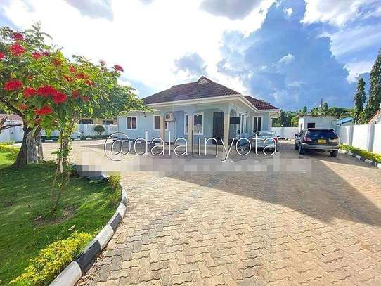 3 BDRM HOUSE AT MBEZI BEACH image 8