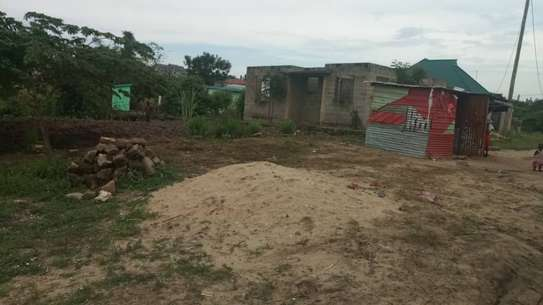 plot for sale  8 milionat bunju b near simba club area qsm 600 image 4