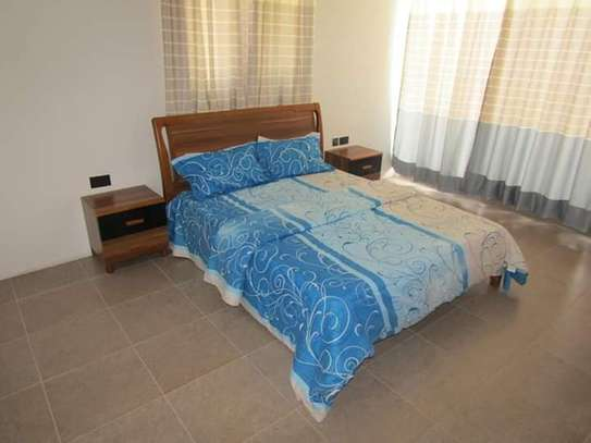 4 Bedrooms Full Furnished Villa House in Masaki image 8