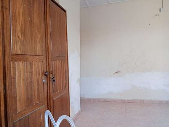 4bed house  ideal for office at block 41 tsh 1,000,000 image 8