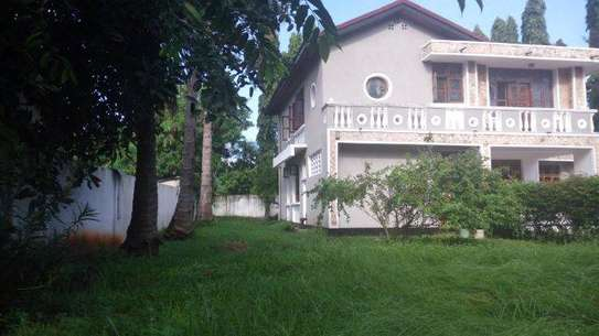 7bed house at mikocheni office,massage tsh2000000 image 6