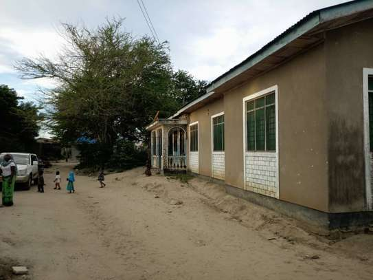4 bed room house for sale at mbagala nzasa image 3