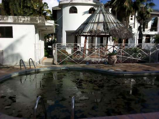 5bed house at mikocheni with pool $2000pm image 7
