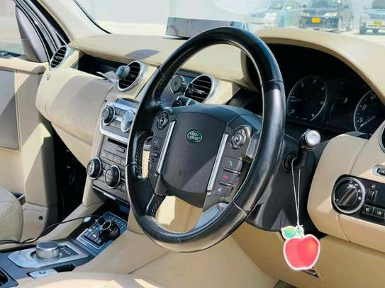 2013 Land Rover Discovery image 7