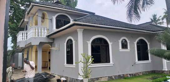 4 bdrm House for Rent in Kinondoni Best Bite. image 1