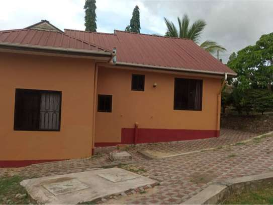2bed house in the compound  at kimara mwisho tsh 360,000 image 9