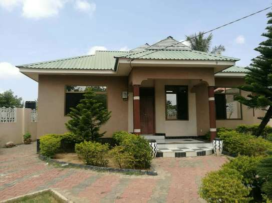 3 Bedrooms House for Sale, Bunju A image 2