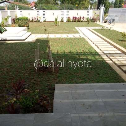 4 BDRM HOUSE AT BAHARI BEACH image 10