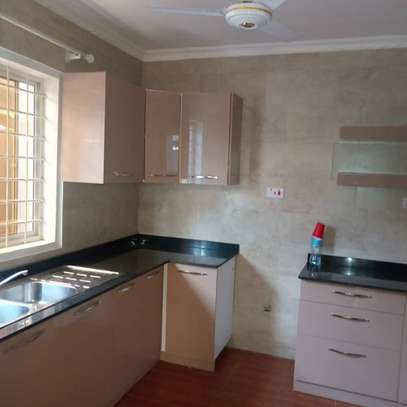 3bedroom house in Sinza Vatican to let. image 1