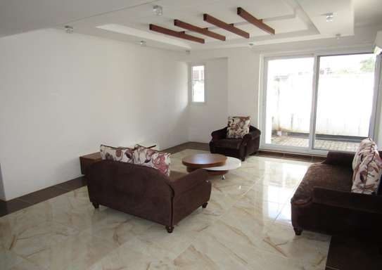 4 Bedroom Full Furnished Compound House in Masaki image 2