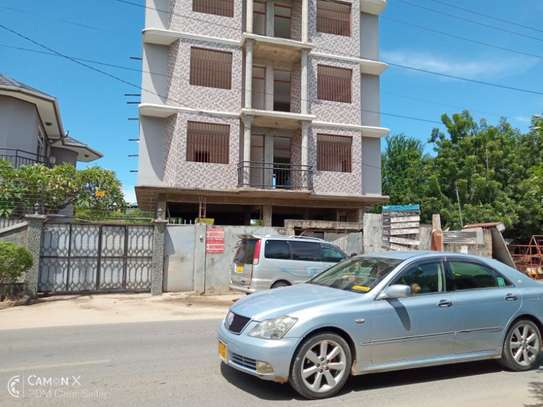 3Bdrm Apartment Building in Msasani Kimweri