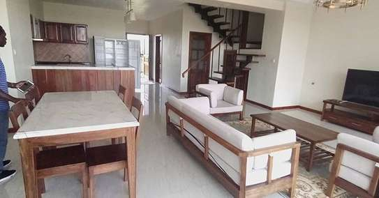 GOOD DUPLEX APARTMENT FOR RENT