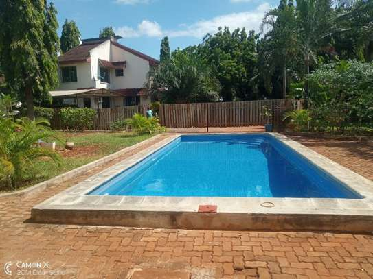 4bed house shared  the compound near george and dragon at masaki $2500pm image 5