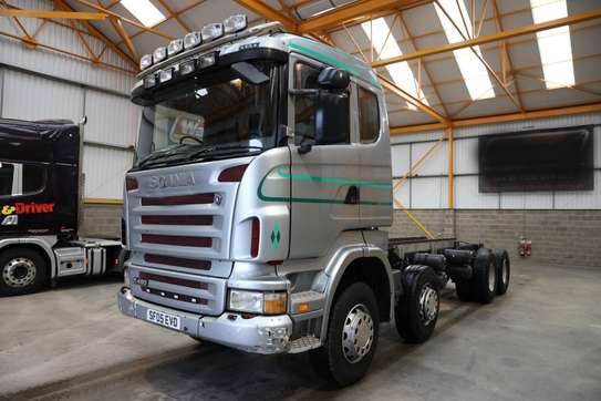 2005 Scania R380 8X4 CHASSIS TSHS 106MILLION ON THE ROAD