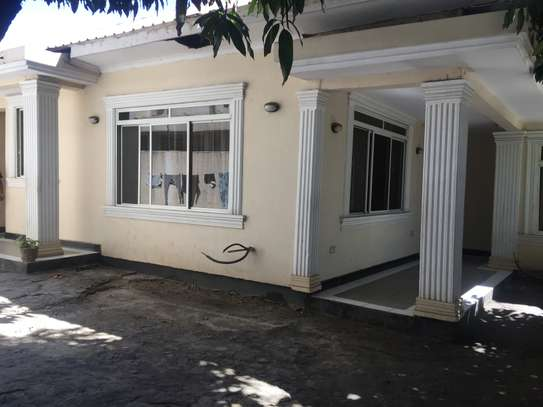 4 bedrooms house for rent At MSASANI KIMWERI AVENUE image 1