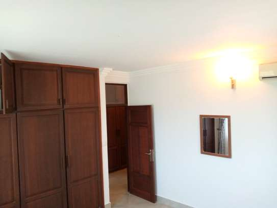 3 bedrooms apartment at masaki image 5