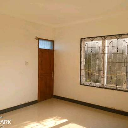 HOUSE FOR RENT BAHARI BEACH image 7