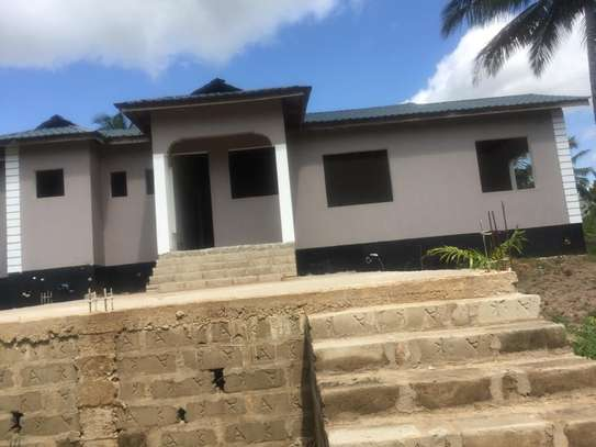 3 bed room big house for sale stand alone   at goba kulangwa image 1