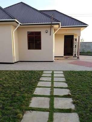 2 house for sale at bagamoyo tsh 150,000,000   area 900sqm