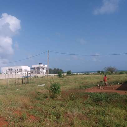 Mwongozo beach two plots for Sale image 1