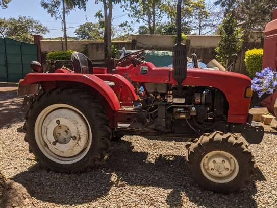 Tractors 4WD 30HP - New Tractor Loader and Hoe image 3