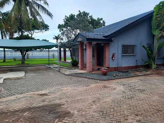 HOUSE FOR RENT AT MBEZI BEACH RAINBOW image 3
