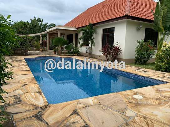 NICE HOUSE FOR RENT STAND ALONE image 9