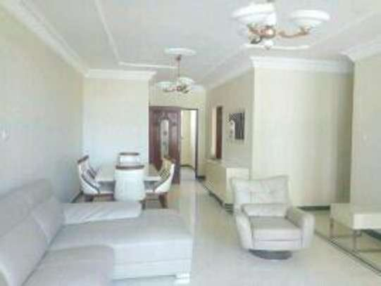 3&2 bdrms Apartiment for rent located at Masaki opposite shoppers plaza image 3