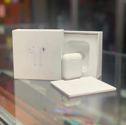 Airpods 2 image 1
