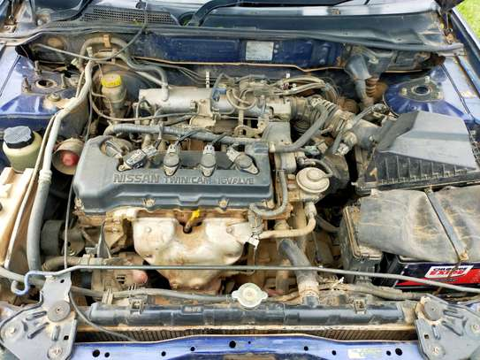 2001 Nissan Wingroad image 10