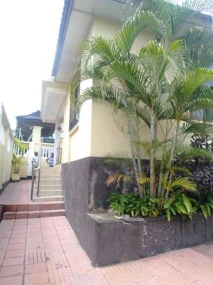 3 Bdrm House for rent Full Furnished. image 2