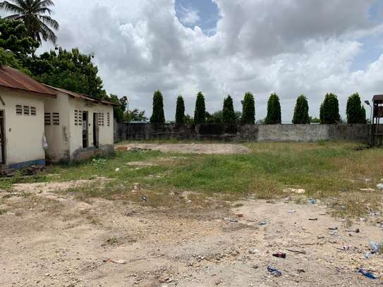 800 to 5000SQM Godowns in Mbagala for rent image 12