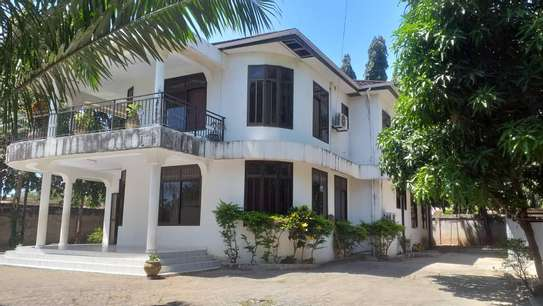4 bed room house for sale at mbei beach jogoo image 4