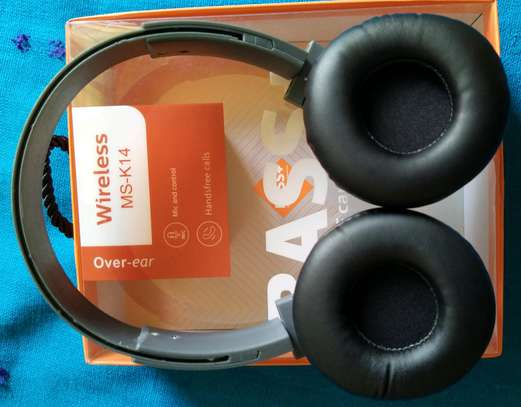 Deep Bass Bluetooth wireless Headphones with Memory card slot, FM Radio and AUXILIARY Port image 1