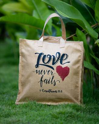 Love Never fails Nature Bags