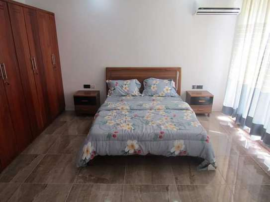 4 Bedrooms Full Furnished Villa House in Masaki image 12