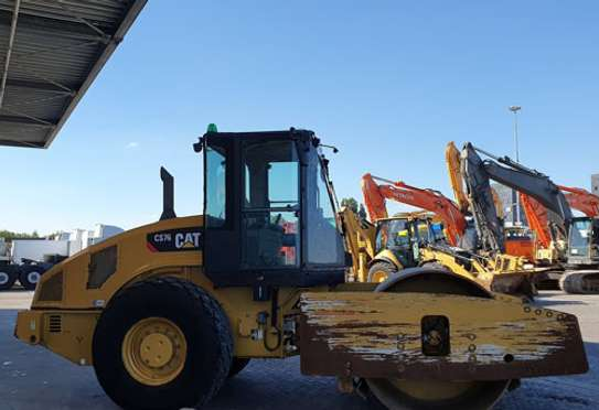 2008 Caterpillar CAT CS 76 ROLLER image 4