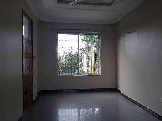 Aperntment for rent at mikocheni image 4