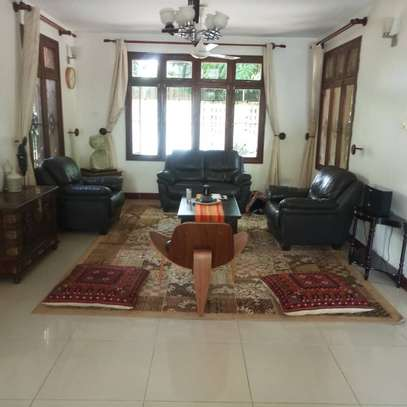 HOUSE FOR RENT AT BUNJU BEACH MOGA image 2