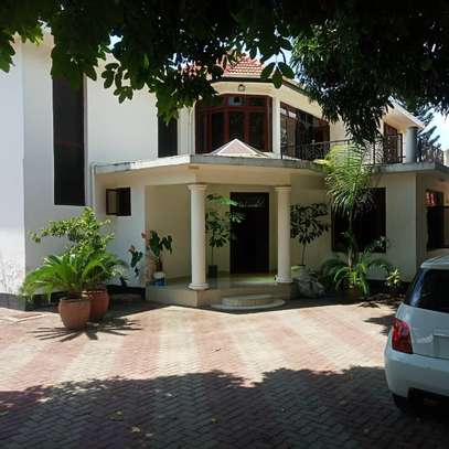 HOUSE FOR RENT AT BUNJU BEACH MOGA image 1